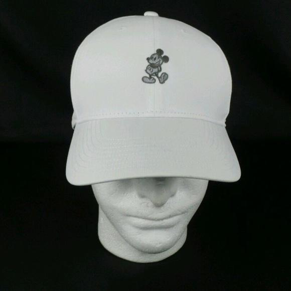 0d1a9686663ad Disney Parks Mickey Mouse Legacy91 Nike Golf. M 5bcfbfae0cb5aa14f14bbead